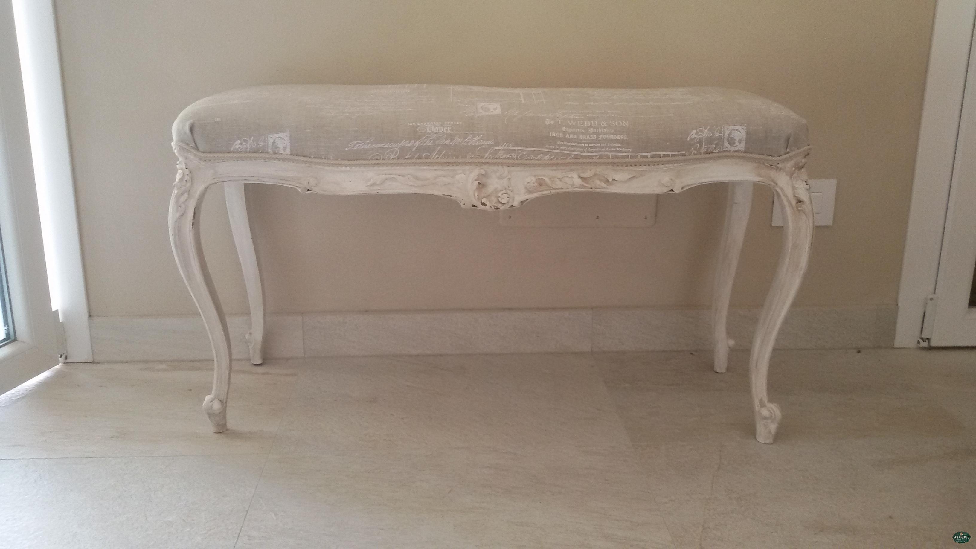 Panca Imbottita Colorata : Panca con sedile imbottito per sale attesa idfdesign